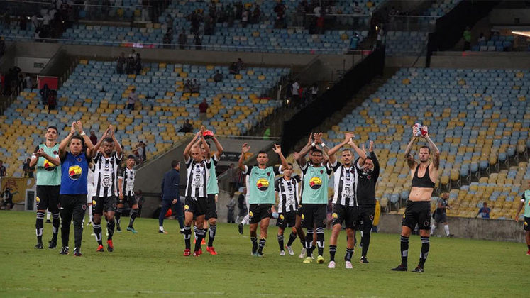 Botafogo-PB: Por outro lado, o grande rival do Treze permaneceu na Série C. O Botafogo teve um ponto a mais que alvinegro paraibano e, assim, garantiu a permanência na terceira divisão do futebol nacional.