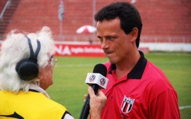 Botafogo-SP (2011) - Em outra equipe do interior paulista, Diniz ficou apenas quatro jogos e logo foi demitido pela direção da Pantera. Em sua curta passagem, foram 4 jogos, com 1 vitória e 3 derrotas