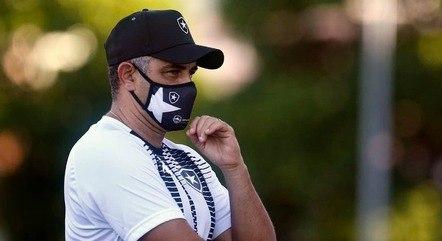 Botafogo trouxe o técnico Marcelo Chamusca