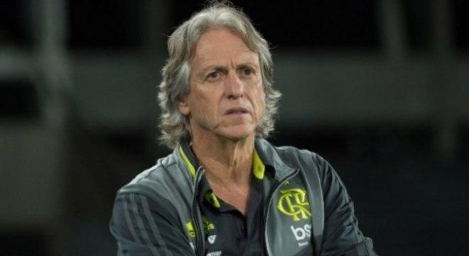 Jorge Jesus. Líder disparado, mas irritado com a 'violência' do Botafogo