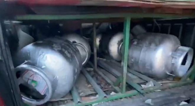 Botijões eram vendidos de forma irregular e guardados em veículos comuns