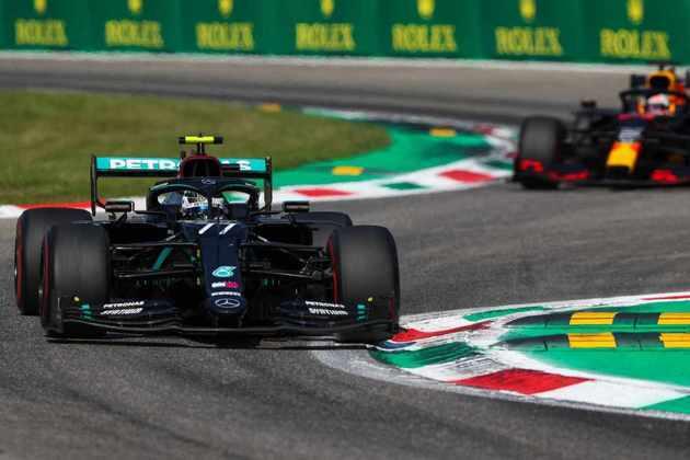 Bottas queixou-se do equilíbrio do carro e não conseguiu atacar os rivais no fim da prova