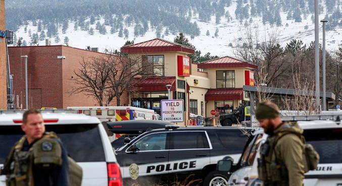Ainda não se sabe motivação de tiroteio nos EUA, que deixou 10 mortos
