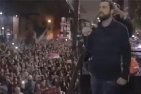 Guilherme Boulos em manifestação na avenida Paulista