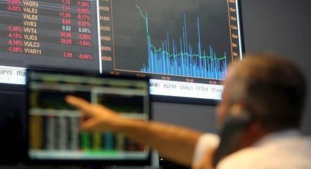 Ibovespa saltava 1,15% na manhã desta sexta-feira