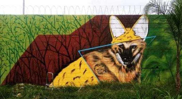 Parte do muro pintado pelo artista em São Paulo