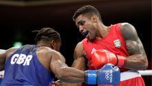 Tóquio 2020: Abner Teixeira avança às quartas de final no boxe