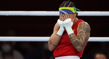 Beatriz Ferreira venceu Raykhona Kodirova, do Uzbequistão