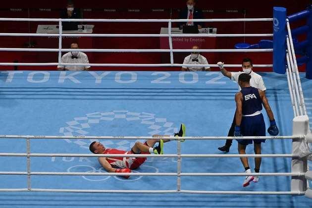 BOXE - Hebert Conceição conquistou a medalha de ouro na categoria até 75kg. O brasileiro derrotou o ucraniano Oleksandr Khyzhniak por nocaute técnico.