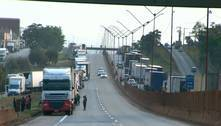 Caminhoneiros encerram protesto e trânsito na BR-381 é liberado