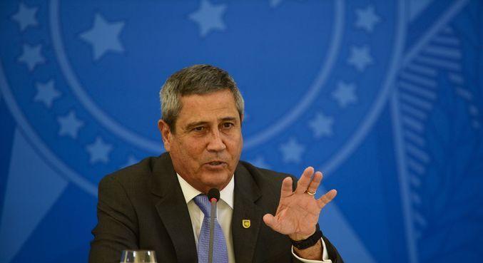 Braga Netto diz que não usa interlocutores para falar com outros Poderes