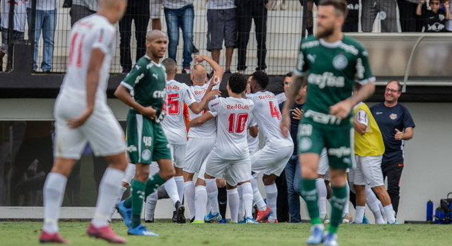 Bragantino se recupera no Paulistão com grande vitória sobre o Palmeiras