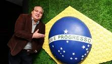 Tetracampeão em 1994, Branco é internado no Rio com covid-19