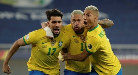 Paquetá, Neymar e Richarlison comemoram gol