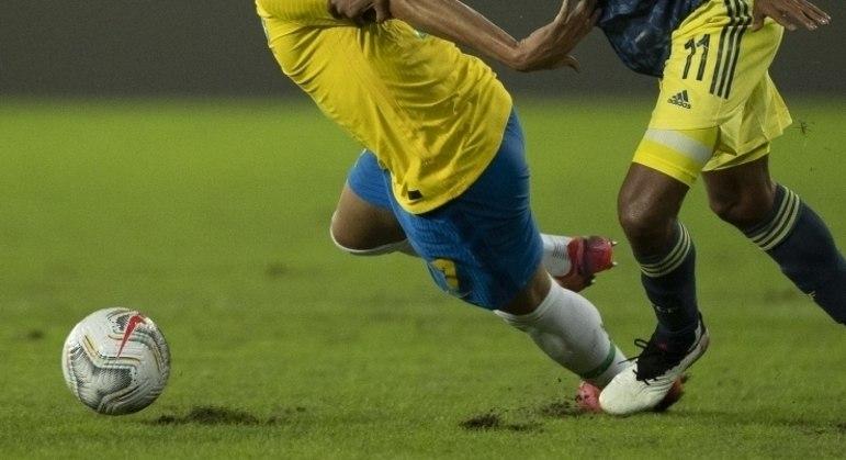CBF pressiona Conmebol e quer jogar em Cuiabá. Longe do gramado do Nilton Santos