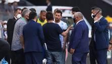 Argentina sai de campo após fiscais da Anvisa interromperem jogo