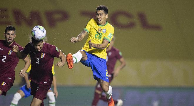 Brasil e Venezuela, semana passada. Começou com 25 pontos. Caiu para 21 de audiência