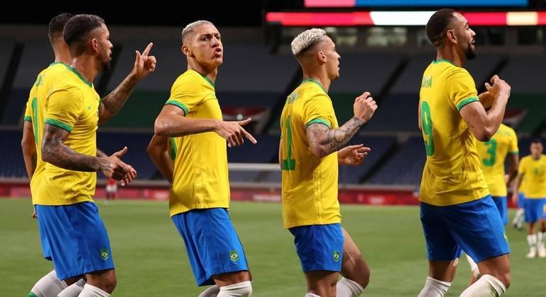 Brasil jogará contra Coreia do Sul ou México, que jogam as quartas neste momento