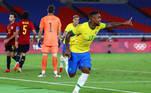 Malcom comemora o gol do título olímpico
