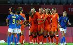 Aos 13 minutos do segundo tempo, novamente a Holanda ficou a frente do placar
