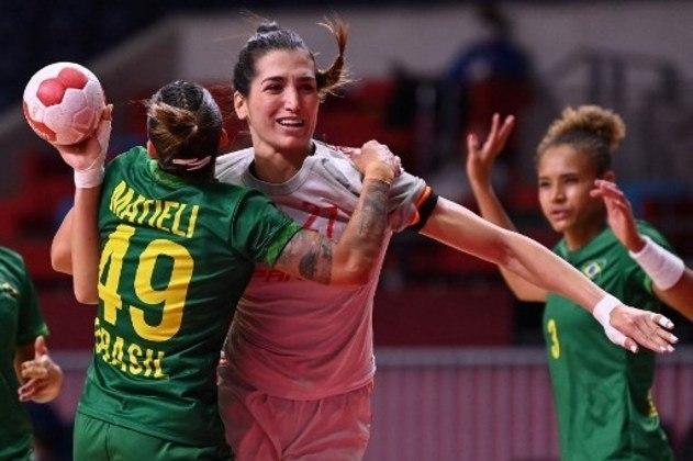 Brasil perdeu para Espanha no handebol feminino por 27 a 23 em Tóquio.
