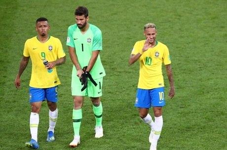 Jogadores são também viajantes em Copas do Mundo