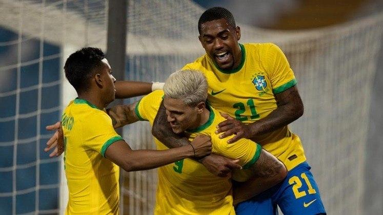 Brasil x Alemanha: comandados por Richarlison e Dani Alves, o Brasil, atual campeão olímpico, encara a Alemanha, que ficou com a Prata na Rio-2016. A bola rola às 8h30