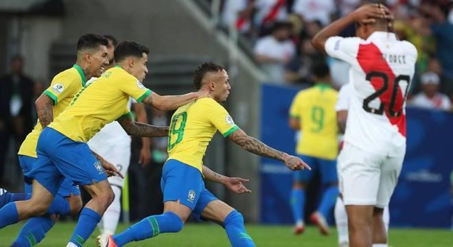 Everton Cebolinha marcou primeiro gol no título do Brasil no Maracanã, no Rio