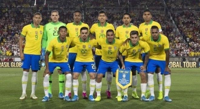 Seleção brasileira na derrota para o Peru, no amistoso em setembro