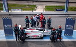 A etapa seguinte, as oito passaram por testes carros da Fórmula 4, até porque vai a categoria que a vencedora vai representar na Academia da Ferrari