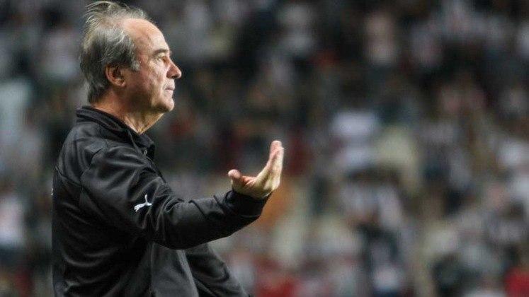 Brasileirão 2004: Levir Culpi (Botafogo) e Julio Piza (Athletico-PR) –Foram demitidos após a 2ª rodada