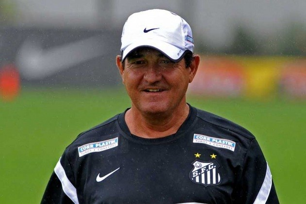 Brasileirão 2013: Muricy Ramalho (Santos) – Foi demitido após a 2ª rodada