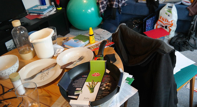 Bazar de Natal oferece artigos de decoração, cozinha, roupas e acessórios