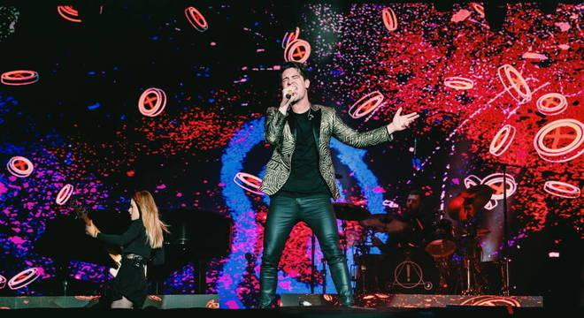 Panic! At The Disco celebra Queen e divide gerações no Rock In Rio