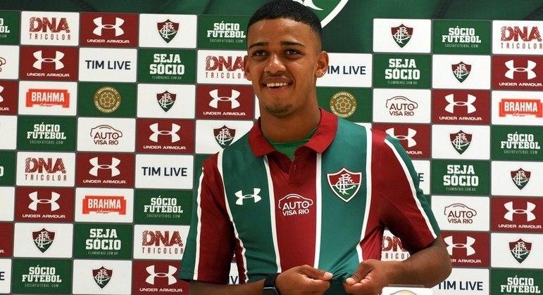 Brenner. Reserva absoluto em 2019 no Fluminense. Entrou em seis partidas. Nenhum gol