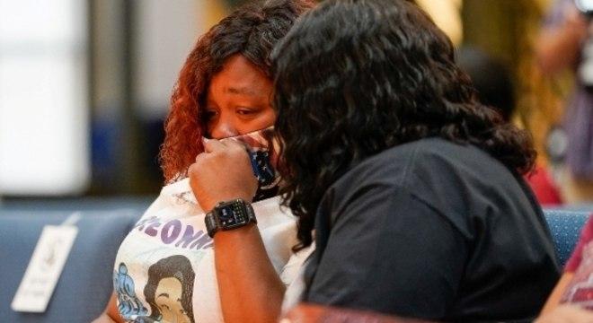 Tamika Palmer, mãe de Breona Taylor, durante processo judicial