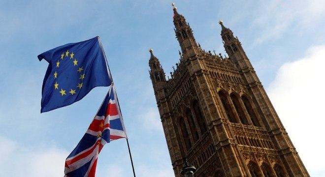 Reino Unido deve deixar a União Europeia no próximo 29 de março