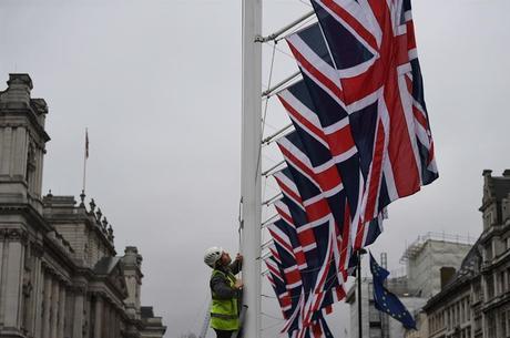 Reino Unido fecha acordo com o Japão