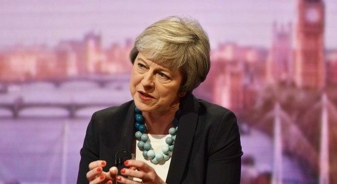 May foi forçada a adiar a votação do acordo em dezembro