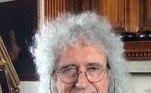 Brian MayFormado em: AstrofísicaO roqueiro do grupo Queen começou a cursar física na década de 70, mas interrompeu os estudos para cuidar da carreira na música. Em 2007, ele voltou ao Imperial College de Londres e se formou PhD em astrofísica, se atualizando em mais de 30 anos de pesquisas no tempo que seu curso ficou trancado