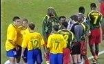 Ex-capitão da Seleção Brasileira, o zagueiro Lúcio já brigou com um companheiro de Seleção. Foi durante a Olimpíada de 2000, no jogo da eliminação contra Camarões. Após uma discussão, Roger foi agredido com uma cabeçada dada pelo defensor, mas a arbitragem não viu o lance