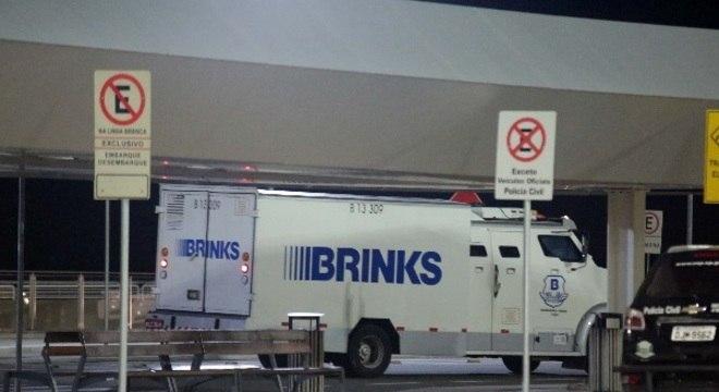Carga de dólares que seria transportada pela Brinks foi roubada em Viracopos