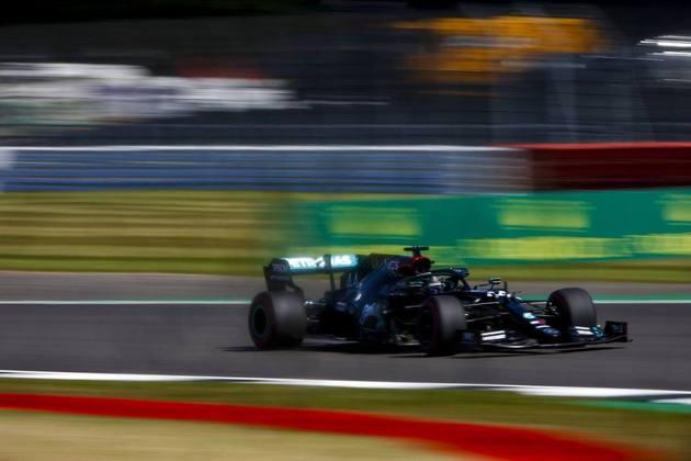 Britânico marcou 1min25s606 para pontear o segundo treino livre para o GP dos 70 Anos