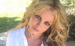 Britney Spears viu o pai, James Spears, se tornar a pessoa que controla seus negócios e questões pessoais em 2008 depois que a vida da estrela da música foi hospitalizada para tratamento psiquiátrico. A ideia era que a tutela fosse temporária, porém, já dura mais tempo do que o de costume. Desde então, Britney trava uma batalha judicial contra o pai para tentar retomar o controle da própria vida. A cantora, inclusive, já declarou que não fará shows enquanto estiver sob tutela do pai