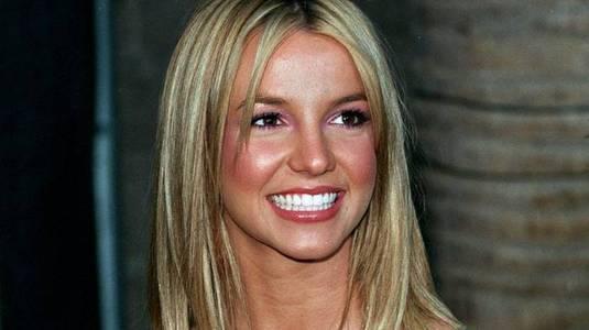 Pai de Britney escolhia namorados dela e a obrigava trabalhar doente (Reprodução)