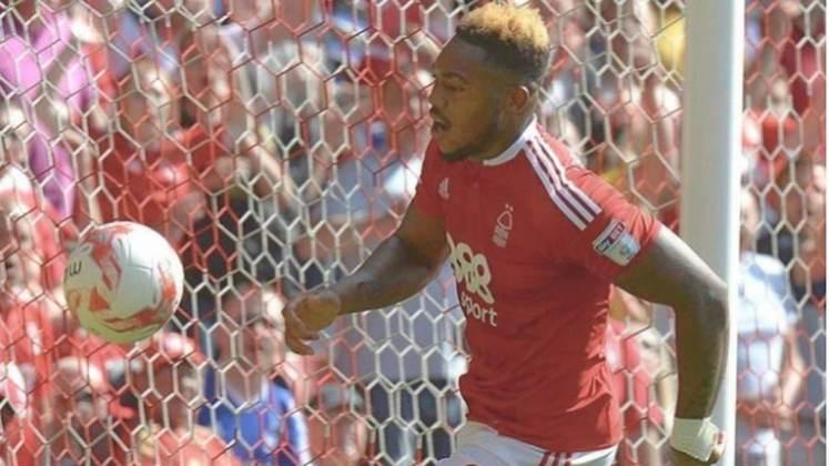 Britt Assombalonga (28 anos) - Último clube: Middlesbrough - Sem contrato desde: 01/07/2021 - Valor: 3 milhões de euros