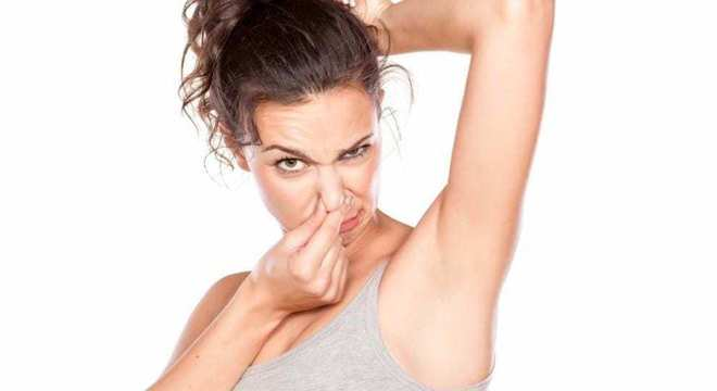 Bromidrose - o que é, principais causas e sintomas e como tratar