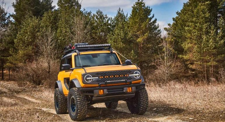 Nos EUA, o Bronco é comercializado com tração 4x4 em todas as versões