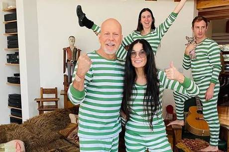 Bruce Willis e Demi Moore em família