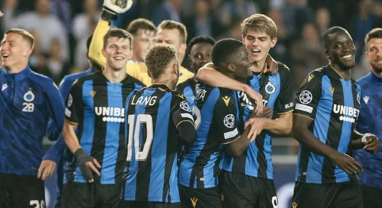 A euforia do Brugge, pelo empate com o PSG